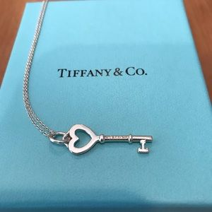 Tiffany Keys Heart Key Silver Pendant and Chain